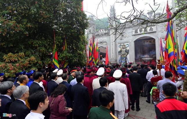 Chủ tịch nước dâng hương tưởng niệm các Vua Hùng - ảnh 8