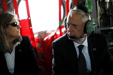 Bom nổ gần căn cứ Mỹ giữa chuyến thăm của Bộ trưởng Mattis - ảnh 1