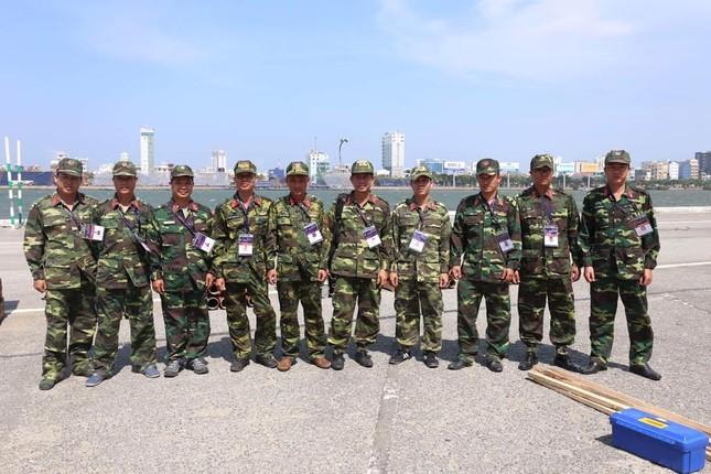 Đội Việt Nam tiết lộ công nghệ bắn pháo hoa hàng đầu thế giới - ảnh 1