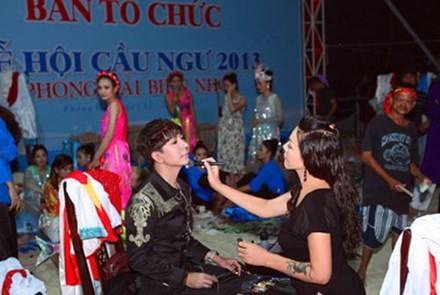 Những sự cố diễn tỉnh của sao Việt - ảnh 1