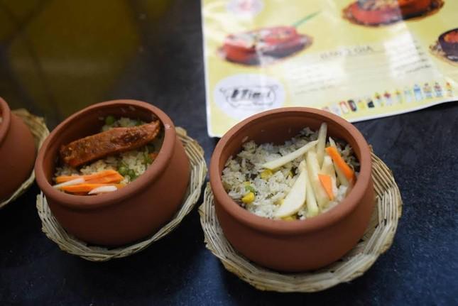 Ăn món lạ, nghe nhạc hay tại Không gian ẩm thực Ngũ hành DIFF 2017 - ảnh 2