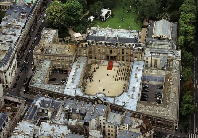 Cung điện 365 phòng phục vụ tổng thống Pháp - ảnh 1
