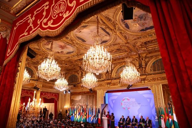 Cung điện 365 phòng phục vụ tổng thống Pháp - ảnh 8