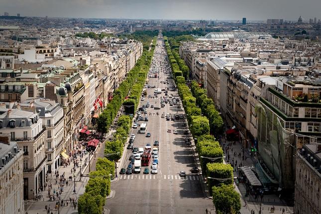 Cung điện 365 phòng phục vụ tổng thống Pháp - ảnh 9