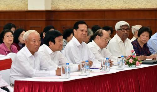 Tổng Bí thư gặp mặt cán bộ lãnh đạo cấp cao đã nghỉ hưu - ảnh 1
