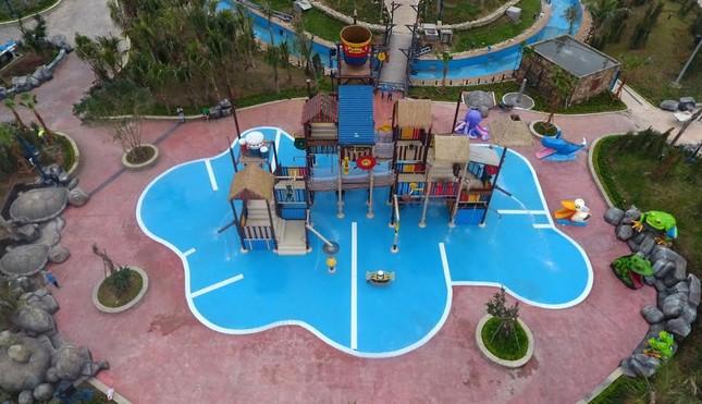 Giải cơn khát giữa hè với Typhoon Water Park Hạ Long - ảnh 1