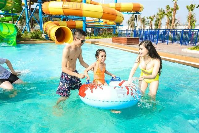 Giải cơn khát giữa hè với Typhoon Water Park Hạ Long - ảnh 2