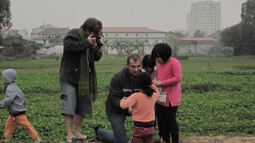 Cựu đại sứ Pháp kể bí mật Hà Nội bằng phim - ảnh 1