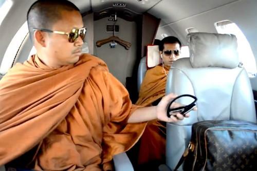 Sức hút của cựu sư ăn chơi khét tiếng Thái Lan - ảnh 2