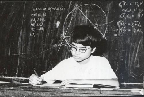 Đàm Thanh Sơn, từ thần đồng Toán đến giáo sư Vật lý hàng đầu thế giới - ảnh 1