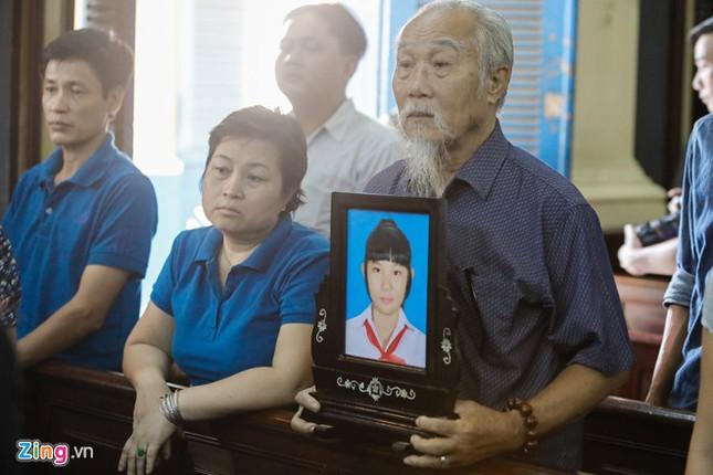 Nam sinh giết bạn bỏ thùng xốp ở chung cư Hà Đô lĩnh 12 năm tù - ảnh 1