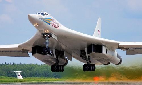 Kế hoạch kích nổ bom hạt nhân trên Mặt Trăng của Mỹ và Liên Xô - ảnh 1