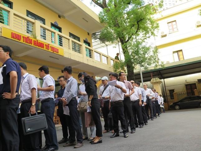 Xét xử đại án Ocean Bank: Diễn viên Quỳnh Tứ hầu tòa trong tư cách bị cáo - ảnh 6
