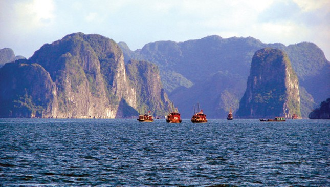 Người vẽ bản đồ nước Việt bằng ảnh - ảnh 2