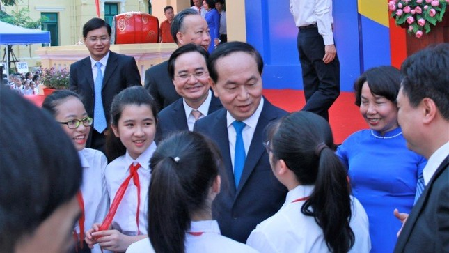 Chủ tịch nước Trần Đại Quang dự lễ khai giảng ở Trường Trưng Vương - ảnh 4