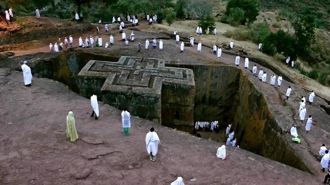Nhà thờ đá Lalibela - kiến trúc độc đáo của Ethiopia - ảnh 1