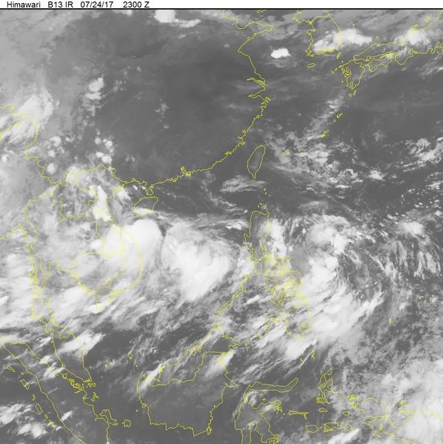 Tin bão: Bão số 4 đổ bộ vào Hà Tĩnh - Quảng Trị tối nay - ảnh 1