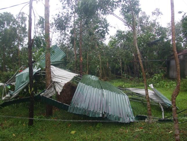 Hà Tĩnh: Lốc xoáy và lũ quét xuất hiện do ảnh hưởng từ cơn bão số 4 - ảnh 1