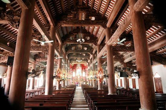 Nam Định: Hỏa hoạn thiêu rụi nhà thờ 129 năm tuổi - ảnh 3