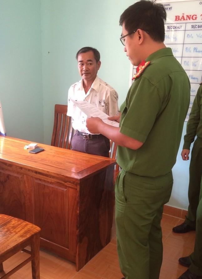 Quảng Nam: Bắt tạm giam thầy giáo dâm ô học sinh - ảnh 1