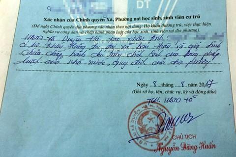 Hà Nội: Cán bộ xã phê bình trong lý lịch của tân sinh viên - ảnh 1