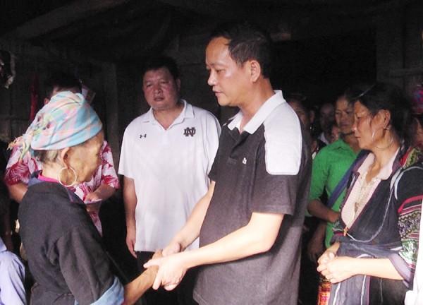 Sa Pa: Huy động 200 người tìm kiếm nạn nhân bị lũ cuốn - ảnh 1