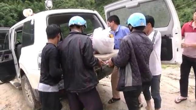Sa Pa: Huy động 200 người tìm kiếm nạn nhân bị lũ cuốn - ảnh 2