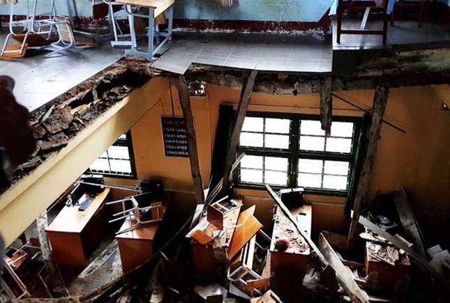 Lâm Đồng: 10 em học sinh chấn thương do sập sàn phòng học - ảnh 1