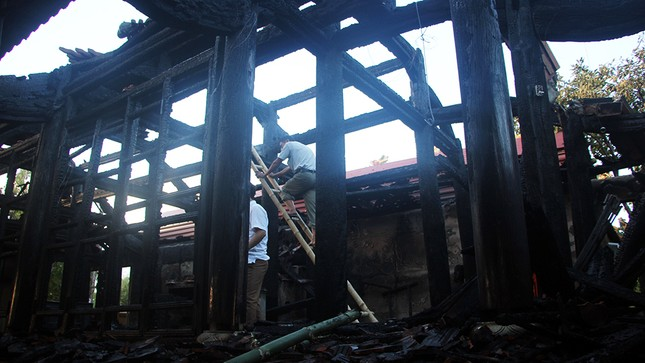 Nghệ An: Đền cổ hàng trăm năm tuổi bị thiêu hủy hoàn toàn - ảnh 1