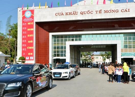 Lạng Sơn: Thí điểm cho xe du lịch tự lái Trung Quốc vào lãnh thổ - ảnh 1