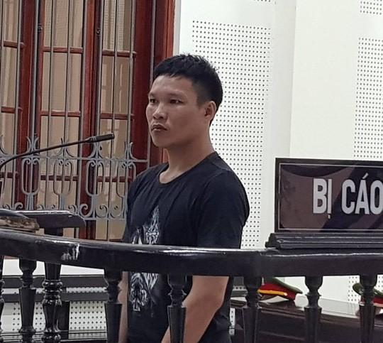 Nghệ An: Thanh niên dùng kiếm chém vỡ sọ người ngủ bên cạnh - ảnh 1