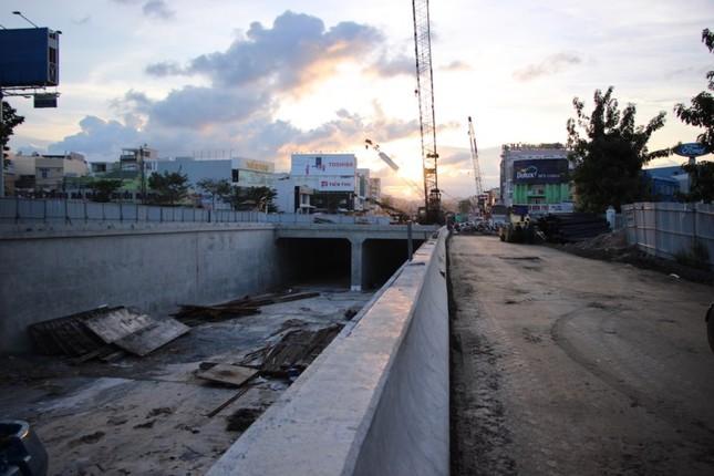 Chủ tịch Đà Nẵng: Thưởng nóng nếu hoàn thành hầm chui kịp phục vụ APEC - ảnh 2
