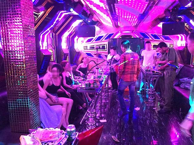 Vụ thác loạn trong quán karaoke: Hơn 80 người dương tính với ma túy  - ảnh 1