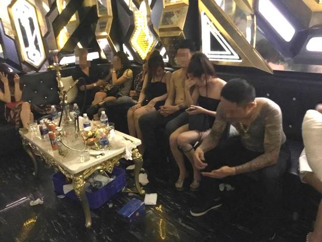 Vụ thác loạn trong quán karaoke: Hơn 80 người dương tính với ma túy  - ảnh 2