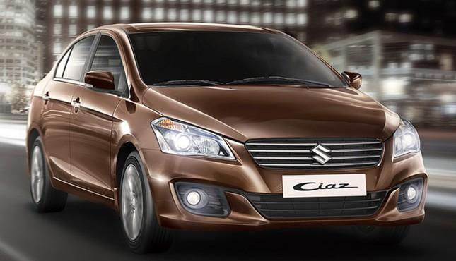 Suzuki và Mitsubishi đồng loạt giảm giá, Toyota trình làng mẫu Fortuner mới - ảnh 1