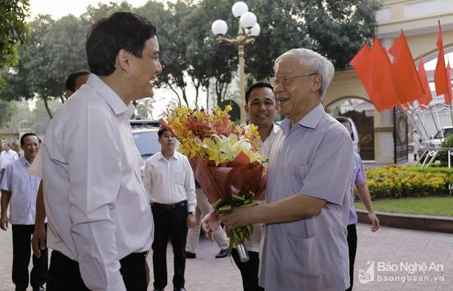 Tổng Bí thư Nguyễn Phú Trọng về làm việc tại tỉnh Nghệ An - ảnh 1