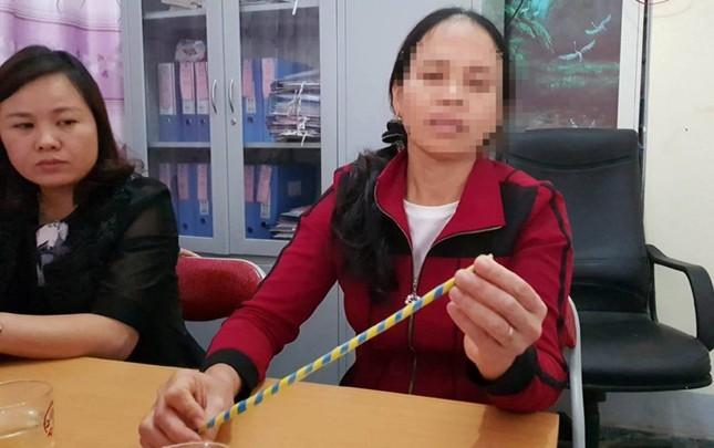 Nghệ An: Cô giáo mầm non bị tố đánh gãy ngón tay bé trai - ảnh 2