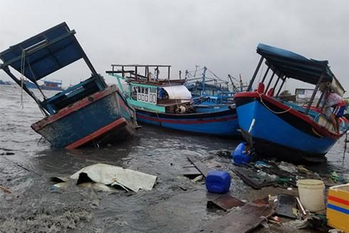 Sập nhà, tốc mái,chìm thuyền, Khánh Hòa thiệt hại tiền tỷ sau bão - ảnh 2