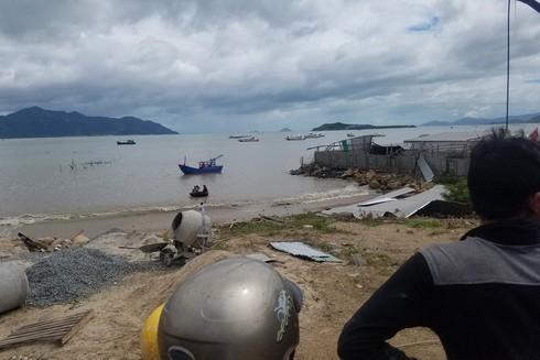 Loạt tin đồn thất thiệt sau bão khiến người dân Khánh Hòa lao đao - ảnh 1