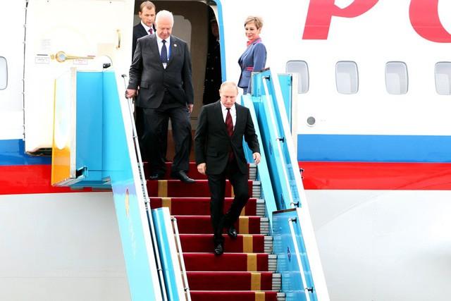 APEC 2017: Tổng thống Nga Putin đã đến Việt Nam - ảnh 2