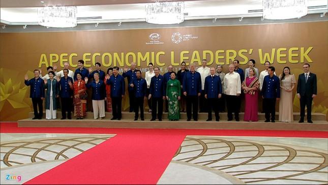 APEC 2017: Chủ tịch nước Trần Đại Quang chủ trì tiệc thiết đãi các lãnh đạo quốc tế - ảnh 6