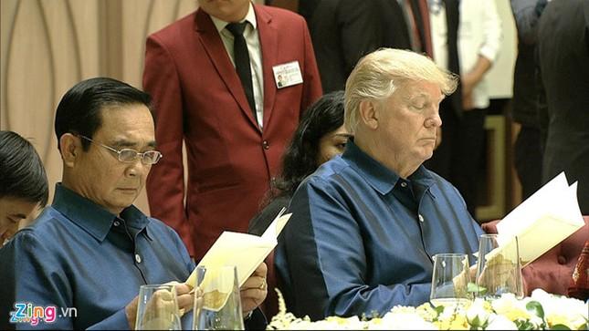 APEC 2017: Chủ tịch nước Trần Đại Quang chủ trì tiệc thiết đãi các lãnh đạo quốc tế - ảnh 9