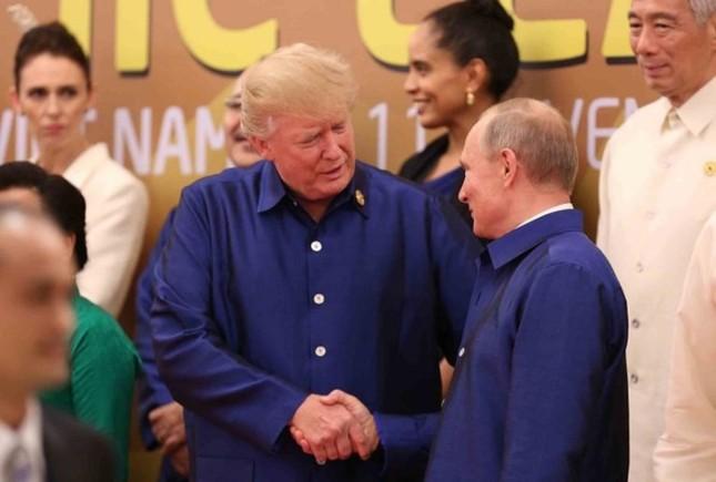 APEC 2017: Chủ tịch nước Trần Đại Quang chủ trì tiệc thiết đãi các lãnh đạo quốc tế - ảnh 7