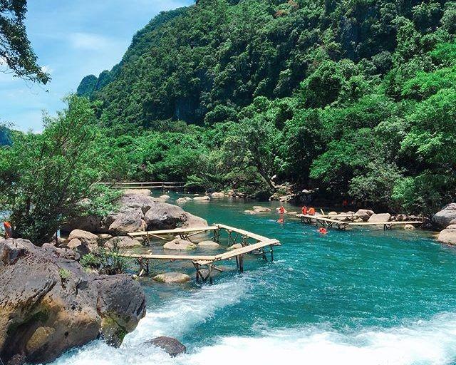 """Có một """"Cửu Trại Câu"""" đẹp mê hồn ngay tại Việt Nam - ảnh 1"""