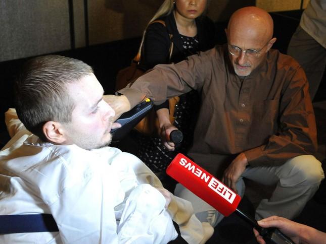 Chỉ hơn 3 tháng nữa, ca phẫu thuật ghép đầu người đầu tiên trong lịch sử loài người sẽ diễn ra. - ảnh 2