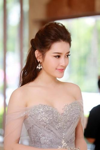 Dàn hoa hậu Việt Nam đồng loạt chia vui với Đặng Thu Thảo - ảnh 4