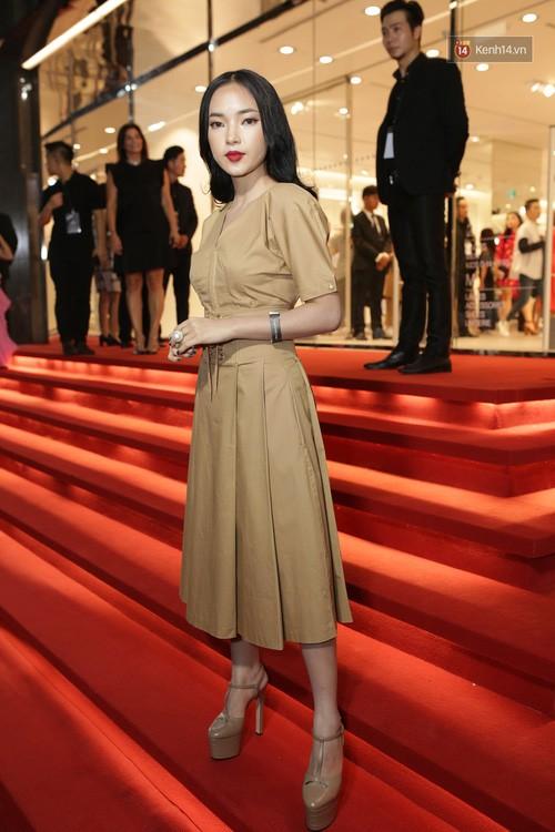 'Rừng' sao Việt tỏa sáng tại thảm đỏ H&M - ảnh 9