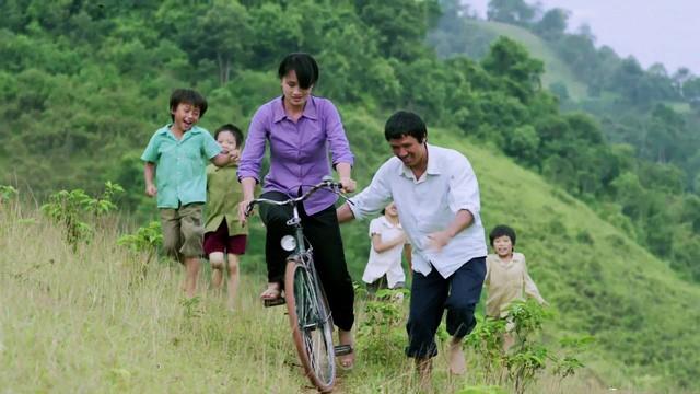 'Cha cõng con' đại diện điện ảnh Việt Nam tham dự Oscar 2018 - ảnh 1