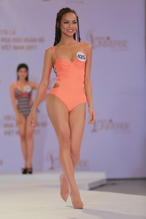 Mai Ngô 'chơi ngông' tại Hoa hậu Hoàn Vũ - ảnh 2