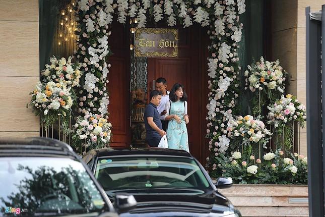 Dàn xế sang chuẩn bị cho lễ rước dâu Hoa hậu Đặng Thu Thảo - ảnh 4
